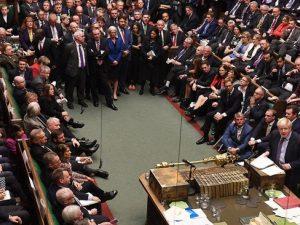 برطانیہ میں سیاسی ہلچل