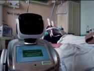 اٹلی کے ڈاکٹرز مریضوں سے فاصلہ رکھنے کیلئے روبوٹ کو کام میں لانے لگے